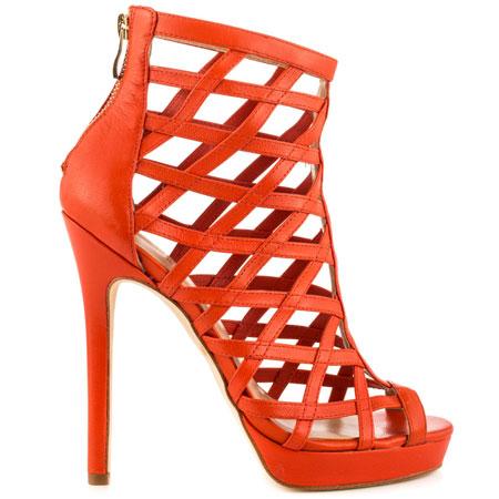www.heels.com